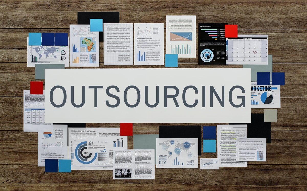 Outsourcing E-Commerce Print on Demand